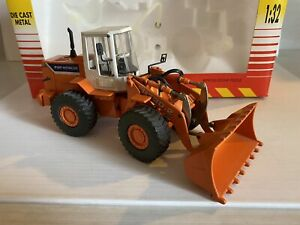 Ros Made In Italy 1/32 Scale Fiat-Hitachi FR130.2 Wheel Loader Tractor Travaux