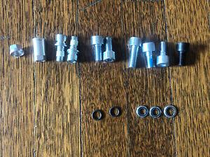 New (but missing a bolt) ROCKSHOX Fork Shaft Bolt Kit • 11 4310 465 000