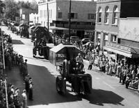 "1955 Fall Festival Parade, Dexter, MO Vintage Old Photo 8.5"" x 11"" Reprint"
