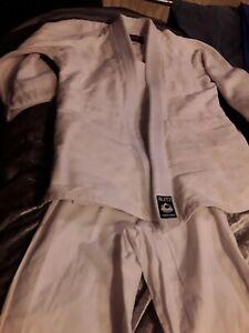 BLITZ White judo Suit Size 1/140 100% Cotton
