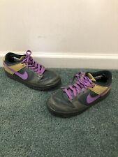 21a01500e1dc3b Vintage 2005 Womens Nike Dunk Low Size 9 Green Purple Skunk Nike SB De La  Soul
