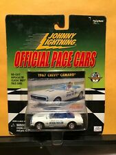 1/64 JOHNNY LIGHTNING OFFICIAL INDY PACE CARS 1967 CHEVROLET CAMARO CONVERTIBLE