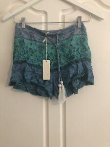 SPELL DESIGNS: Vintage Printed Boho Shorts (Size M)