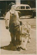 Le Lion et sa Dompteuse 1953 - PR 629