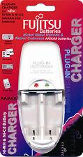 Brand NEW FUJITSU PLUG IN CARICABATTERIE 1-2 Ni-Mh / Ni-CD, AA / Batterie AAA
