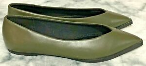 ☆Quirkly ASOS Olive Green Pointed Toe Flats with a Squared Tip☆Size 5☆Brand New☆