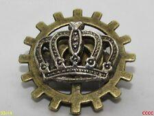 steampunk brooch badge pin cog gearwheel royal regal crown Queen King
