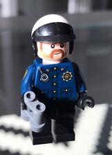 New LEGO BATMAN MOVIE: COP  2 MINIFIGURE SPLIT FROM Set:853651