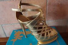High Heels in gold __ Gr. 37 * Anna Dello Russo at H&M ** Peep Toes