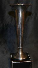 Vase soliflore en métal argenté, Félix Frères à Toulouse.