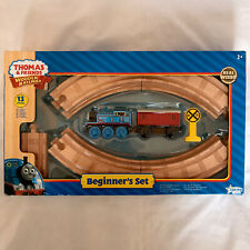 THOMAS & FRIENDS WOODEN RAILWAY BEGINNERS SET TRAIN ENGINE TRACK NEW BOXED