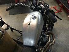 TRACKMASTER LARGE ALLOY TANK ,UK MADE,2.5 GAL ,FLAT TRACK STREET,XS HD TRIUMPH