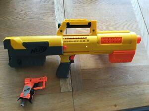 "Nerf guns 'Deploy cs-6' and mini gun ""Jolt""' - Used"