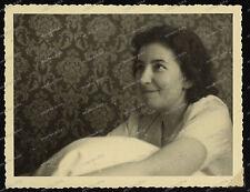 Foto-Vintage-Portrait-Frau-Cute-German-Woman-Girl-Lady-1940-1