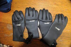 Scuba Gloves 2 Pair Apollo medium nice!