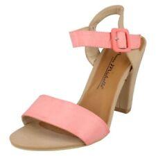 Scarpe da donna rosa da sera con fibbia