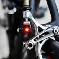 Neue Fahrrad Rot LED Bremslicht Draussen Wasserbeständig Radfahren Wandern Safe