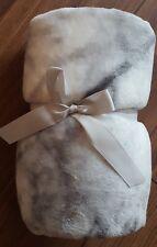 NEW FAB GREY WHITE MARBLE EFFECT SUPER SOFT PLUSH FLEECE THROW BED SOFA BLANKET