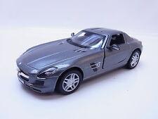28695 | Kinsmart Mercedes Benz SLS AMG Modellauto grau m. Antrieb 1:36 Neu
