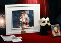 JULIA ROBERTS Signed MIRROR MIRROR Autograph, Prop COIN & MASK, DVD UACC COA