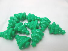 10 Novelty 25mm Christmas Tree Pony Beads - Opaque green