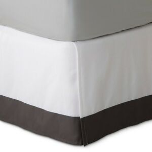 Fieldcrest Luxury Hotel White With Gray Stripe Cal King Bedskirt - NEW Fast Ship