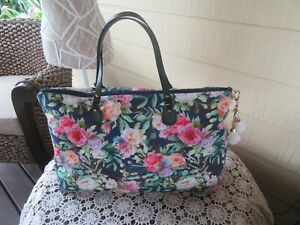Women's Ladies Carry on Luggage Overnight Bag Weekender - Navy Floral Design