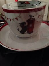 LOVEL CUP AND SAUCER  THE SCOTTISH TERRIER - CHRISTMAS SCENE Scottie New
