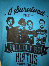 FALLOUT BOY I SURVIVED FALLOUT BOY 2013 MEDIUM  T SHIRT  PUNK ROCK OUT OF PRINT