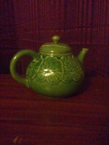 "Bordallo Pinheiro ""Cabbage Green""  Teapot with Lid Vintage Collectible Pottery"