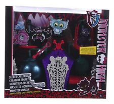 NEW OFFICIAL MONSTER HIGH CRYPT ACCESSORIES SECRET CREEPERS SET SCAREMESTER