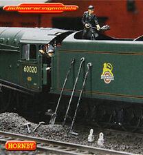 HORNBY R573  SUPER DETAIL PACK 1 Driver 1 Engineer 1 pair of Vacuum Pipes