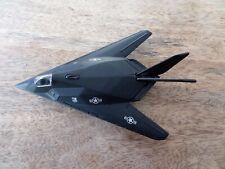 Modello in metallo molto piccolo aereo, Maisto 117A Stealth Night Hawk, usato, senza scatola