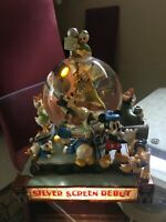 DISNEY MICKEY AND FRIENDS SILVER SCREEN DEBUT SNOW GLOBE COLLECTIBLE WC