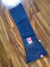 FABULOUS! NWT! Old Navy The Flirt Boot Cut Size 0 Regular Jeans W27 L31.5