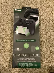 Nyko Charge Base for Xbox One & Xbox Series X 86301
