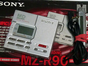 Sony MZ-R90 MiniDisc Recorder Boxed  with all original accessories