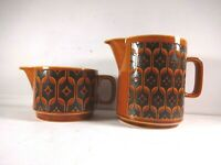 Hornsea Heirloom Made in England 1977 Set of 2 Jugs 3 & 5 inches Tall