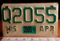 MOTORCYCLE LICENSE PLATE - WISCONSIN 2000 Q series, green on refl tan, nice orig