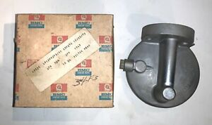 NOS BMC Purolator Oil Filter Head 37H1343.  Austin America. MG 1300   -S7