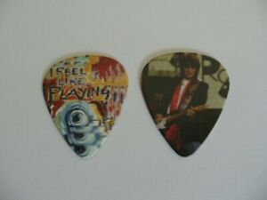 Ronnie Wood The Rolling Stones Genuine Guitar Pick (RARE)