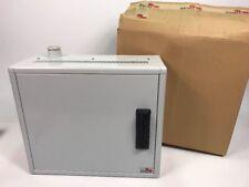 Schaltschrank Metall 52x45x20 cm abschließbar Industriegehäuse Triax Leergehäuse