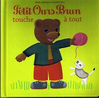 Petit Ours Brun touche à tout * Album Carton Pour développer le toucher doux mou