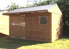 STATIC / MOBILE WOODEN STABLE (FREE ROOF LIGHT)