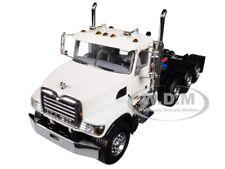 Мак гранит 8X4 4 ось трактор день кабины белый 1/50 литая WSI Models 33-2018