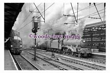 bb1041 - BR Railway Engine 45643 at Crewe Station in 1962 - photograph