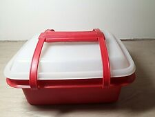 Vintage Tupperware Red (Orange?) PACK -N-CARRY LUNCHBOX Plus Containers & lids