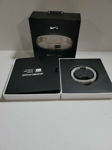 NIKE FUELBAND FUEL BAND FIRST WHITE ICE FITNESS  WRISTBAND SMALL
