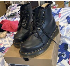dr martens 101 vegan 6 eye boots black size 5