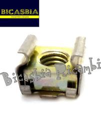 7120 - DADO PER FISSAGGIO PEDALE FRENO VESPA 50 SPECIAL R L N 125 ET3 PRIMAVERA